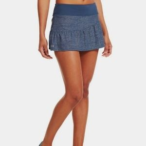 NWT Blue shimmer Under Armour 2 in 1 skirt, sz L